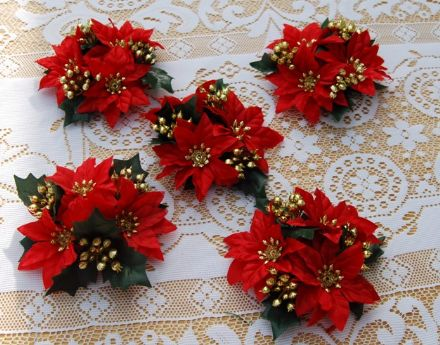 "Poinsetta & Gold 3/4"" Candle Ring"